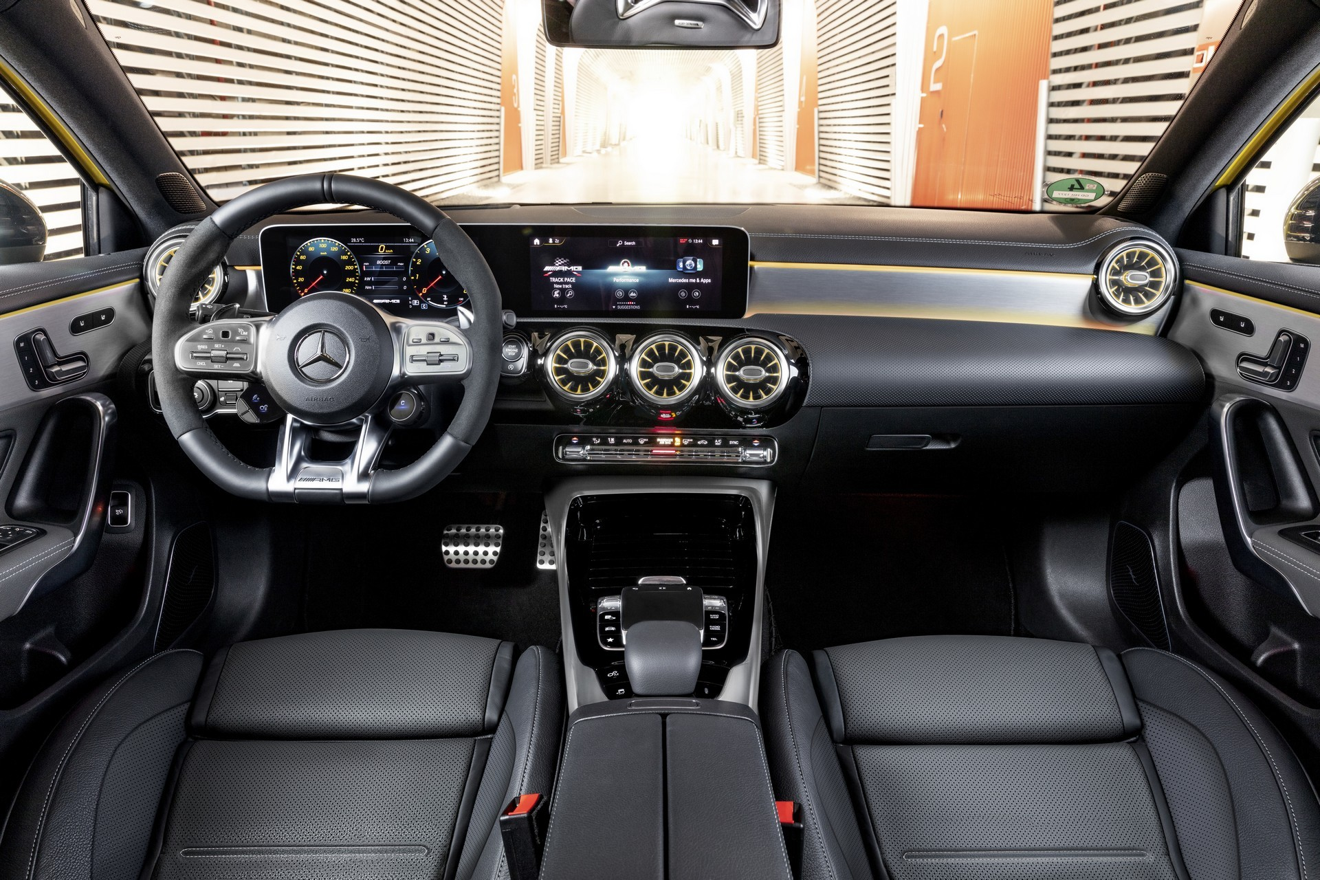 Mercedes A35 4MATIC AMG 2019