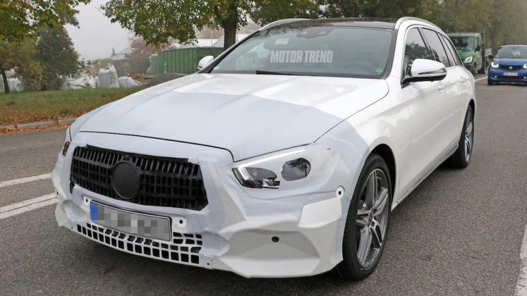 Mercedes Classe E Wagon foto spia