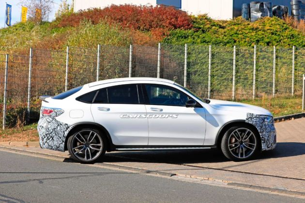 Mercedes GLC 63 Coupé foto spia restyling