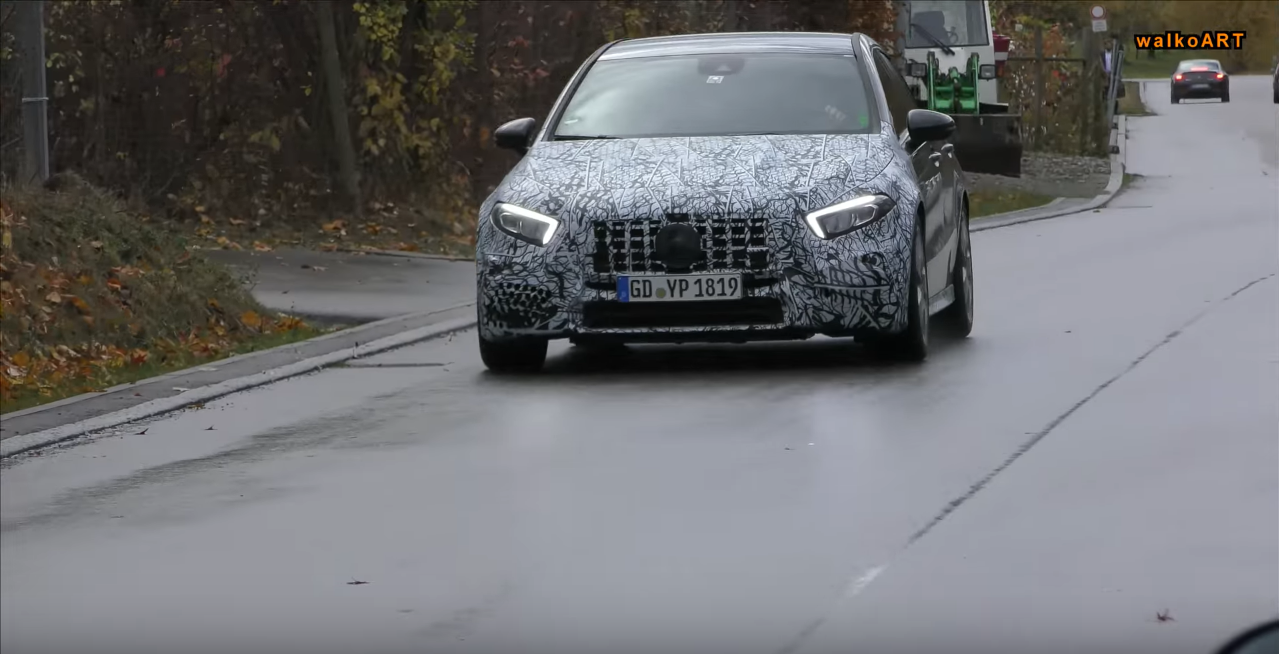 Mercedes A45 AMG prototipo video spia