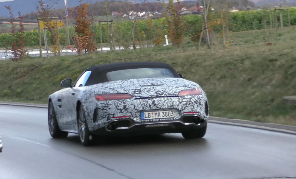 Mercedes AMG GT Roadster facelift video spia