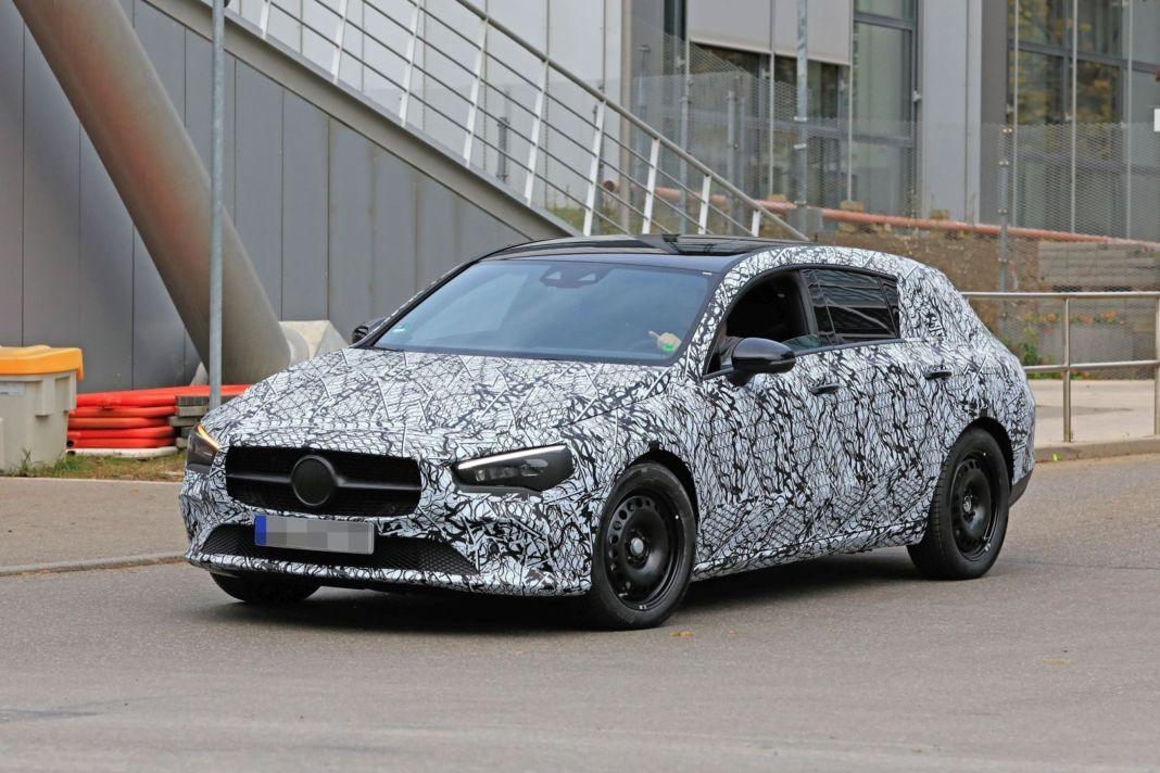 Mercedes CLA Shooting Brake foto spia Germania