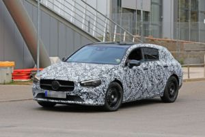 Mercedes CLA Shooting Brake foto spia Germania