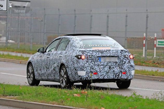 Mercedes Classe C 2020 prime foto spia