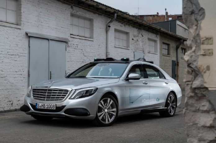 Mercedes Co-operative Car concept