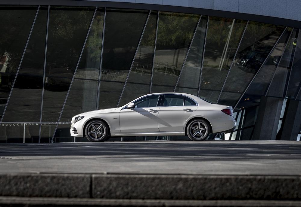 Mercedes E 300 de Regno Unito