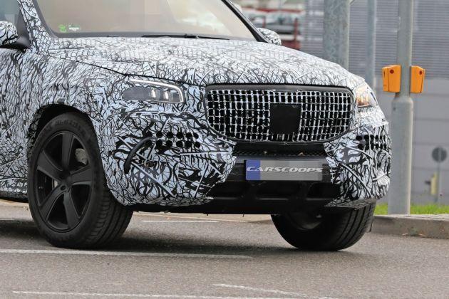 Mercedes-Maybach GLS foto spia