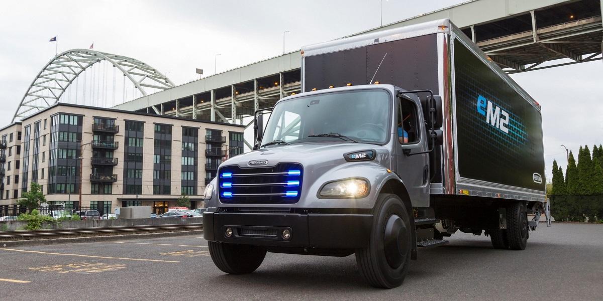 Daimler Freightliner eM2 prima consegna