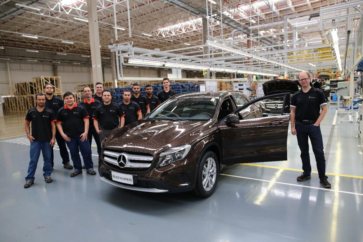 Mercedes 20.000 auto prodotte stabilimento Iracemápolis