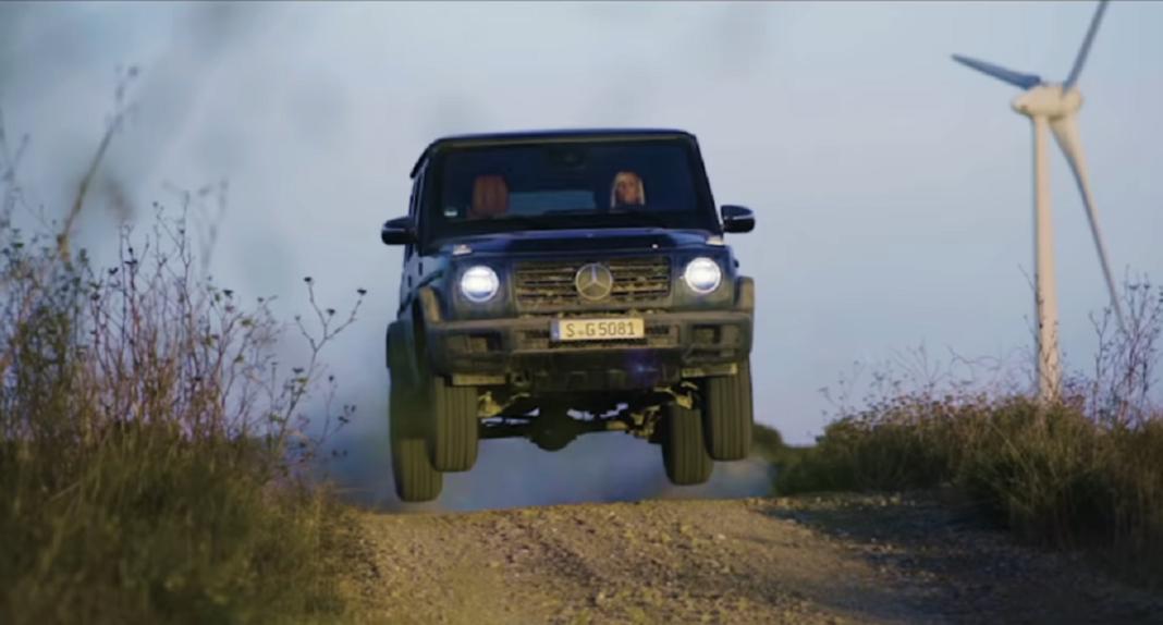 Mercedes Classe G 2019 test fango video