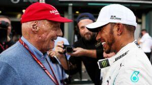 Il saluto emozionante di Lewis Hamilton a Niki Lauda