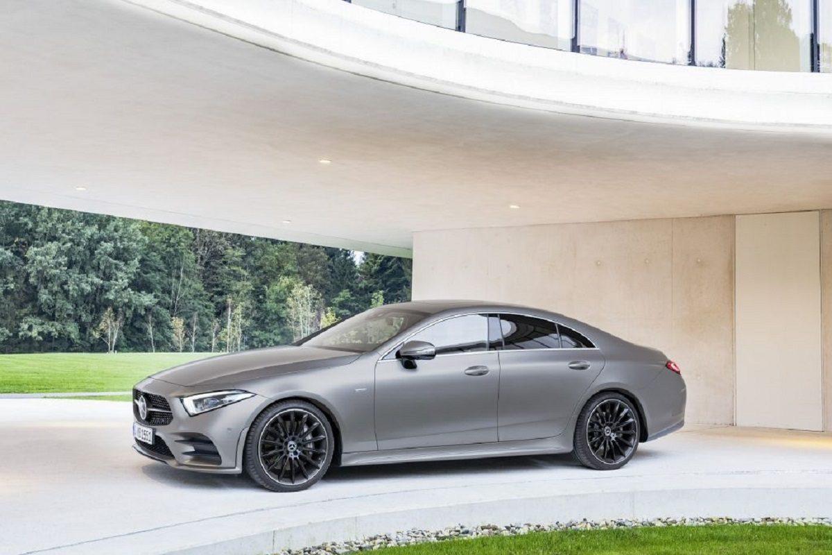 BMW 540d vs Mercedes CLS 400 d test accelerazione video