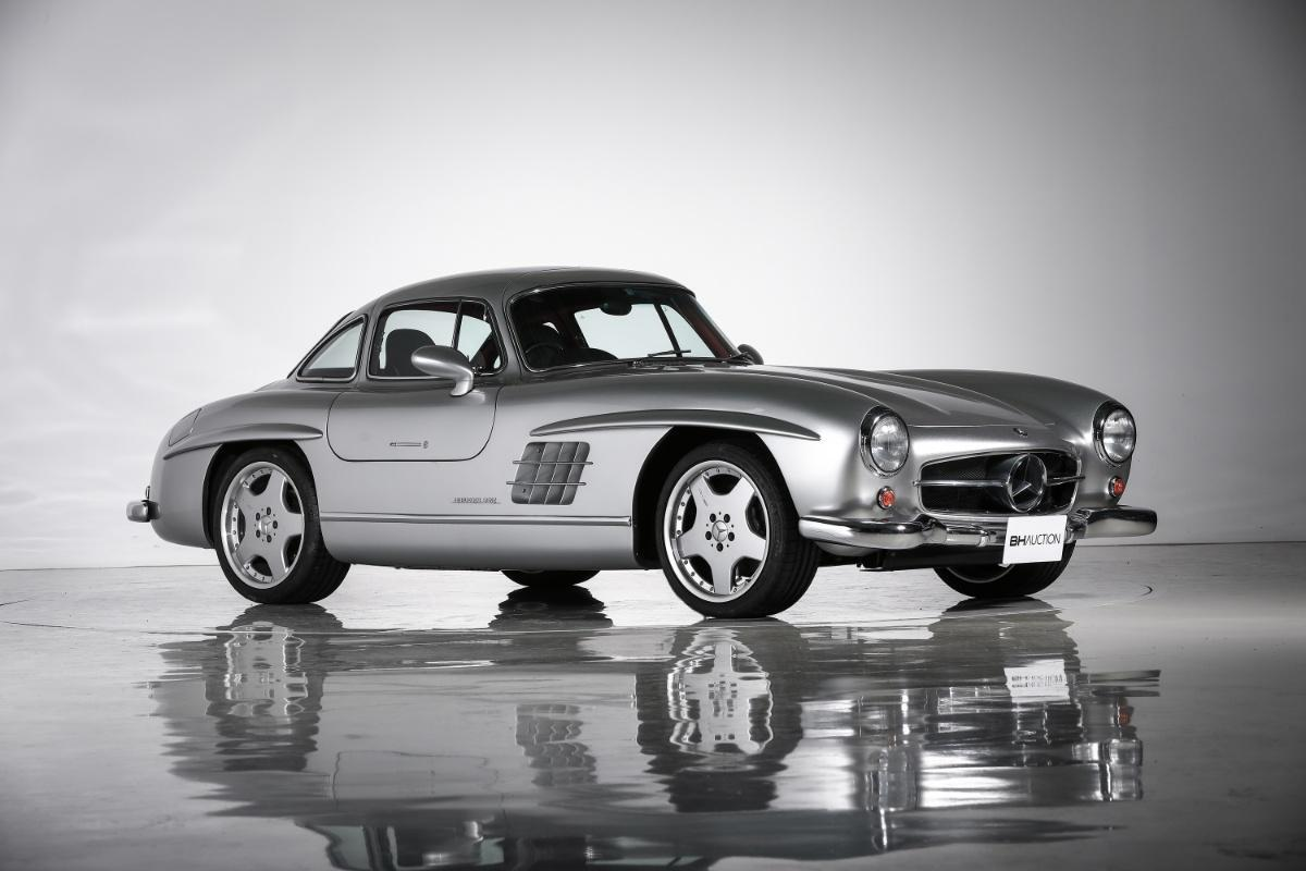Mercedes 300 SL Gullwing specifiche AMG