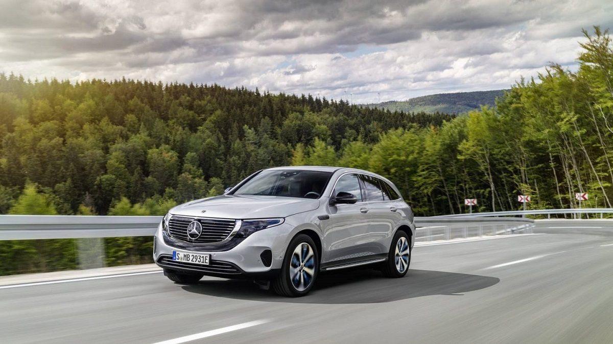 Mercedes EQC debutto Stati Uniti CES 2019