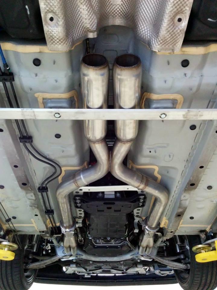 Mercedes C 63 AMG trasformata 190 E 2.5 16V Evolution Piper Motorsport
