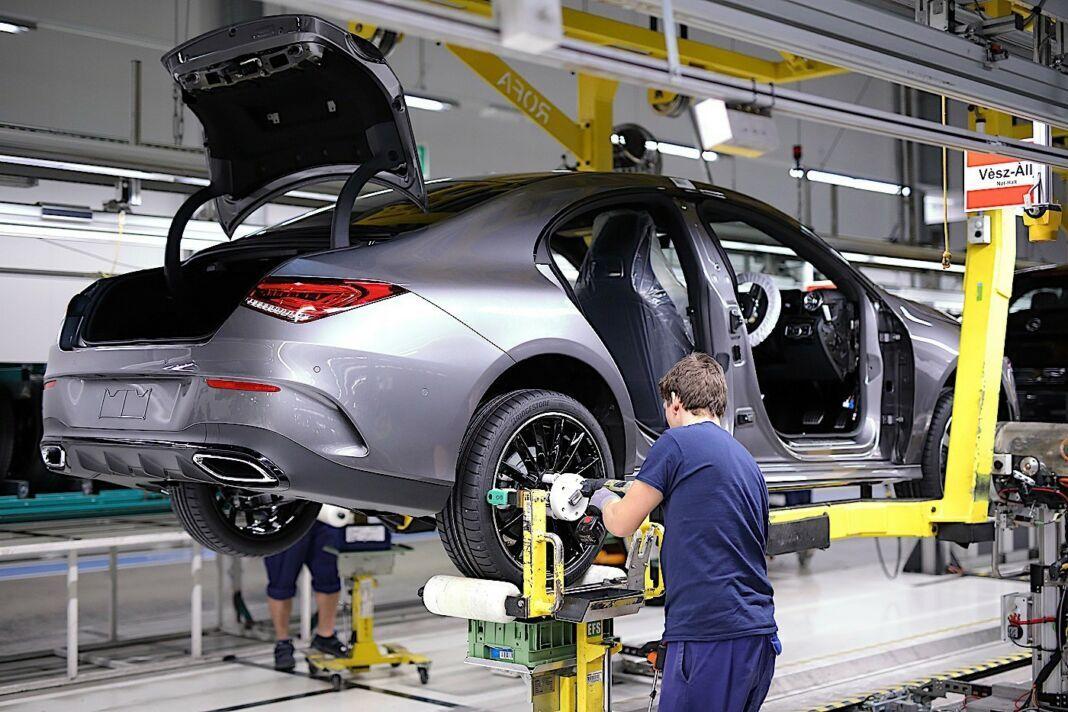 Nuova Mercedes CLA stabilimento Ungheria