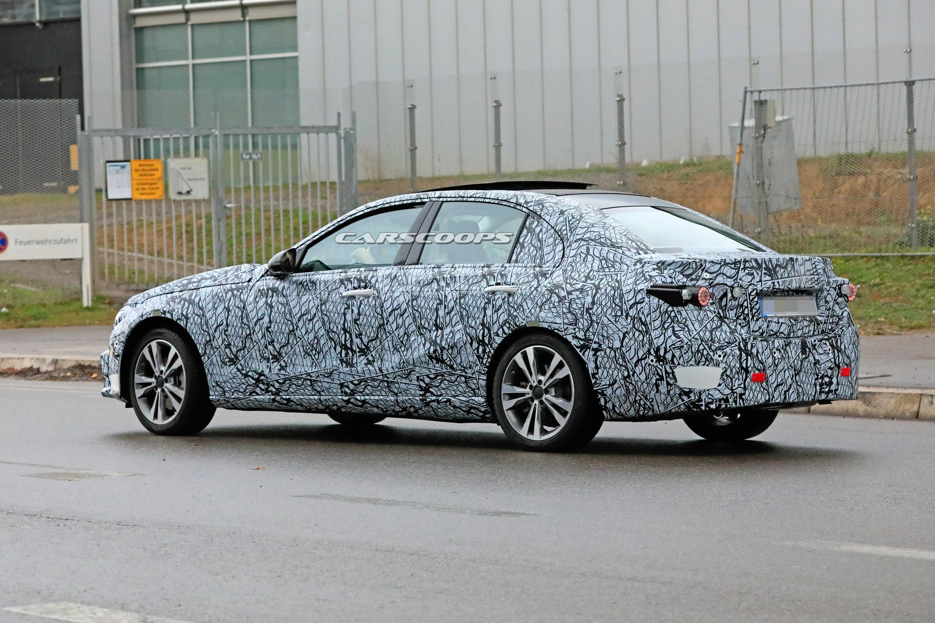 Mercedes Classe C 2021 foto video spia