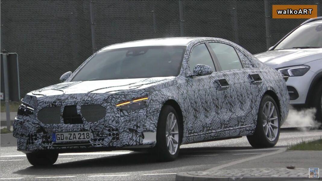 Mercedes Classe S 2020 fari obliqui