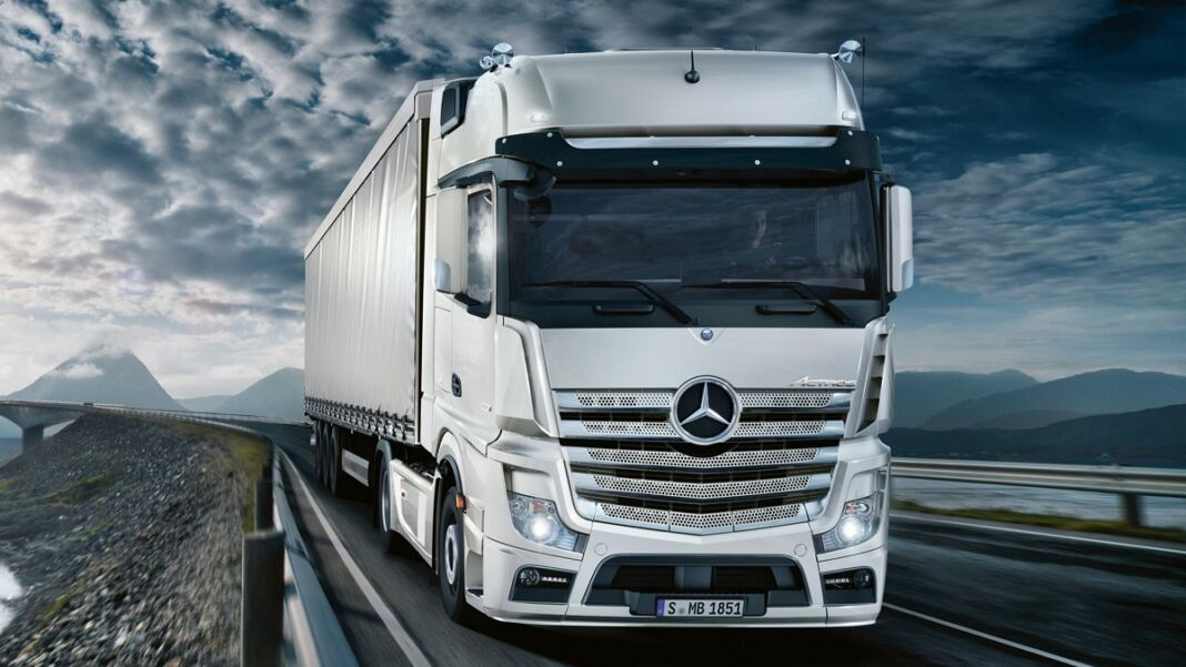Mercedes Trucks acquisisce Habbl