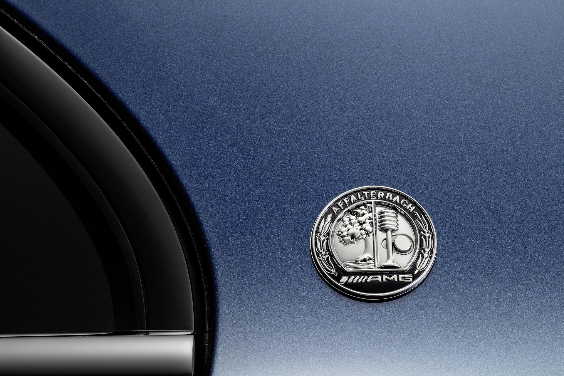 Mercedes A 35 L AMG 4Matic debutto Shanghai