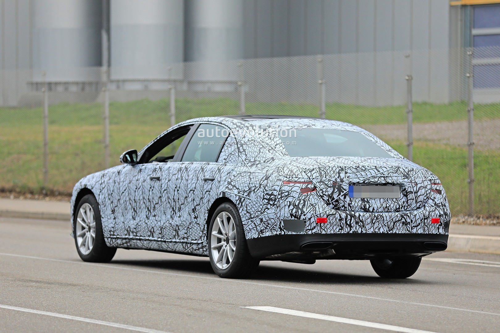 Mercedes Classe S 2020 foto spia nuovi fari griglia