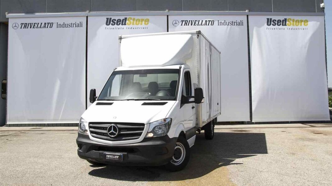 Mercedes Sprinter cabinato