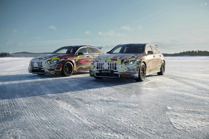 Nuova Mercedes A 45 AMG teaser