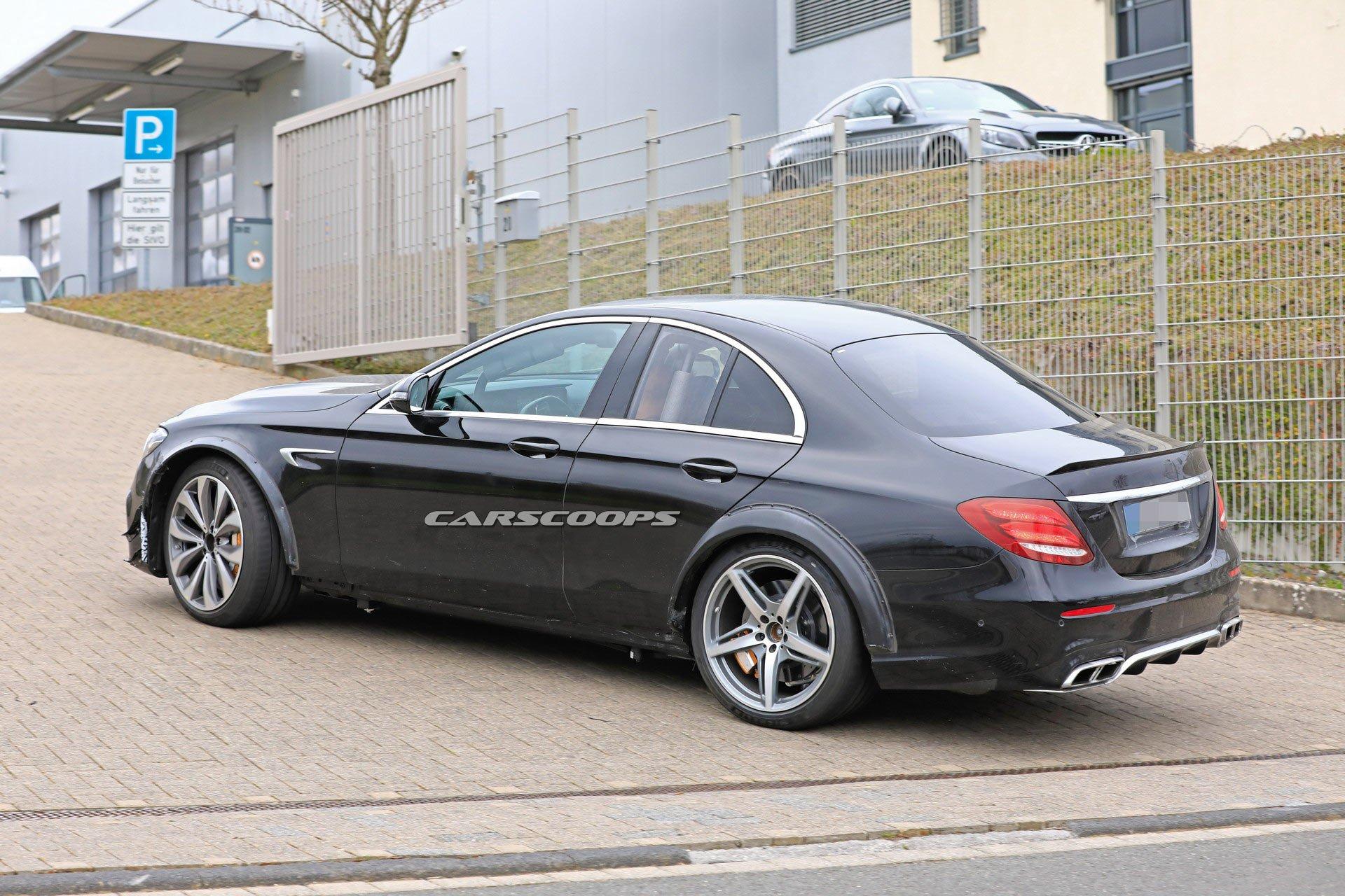 Nuova-Mercedes SL foto spia prototipo