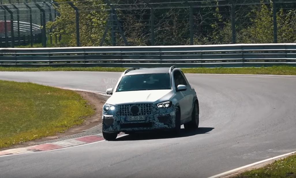 Nuovo Mercedes GLE 63 AMG foto spia