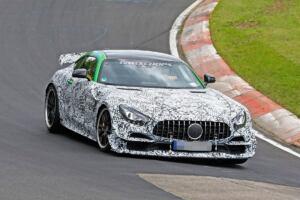 Mercedes-AMG GT R Black Series foto spia Nurburgring