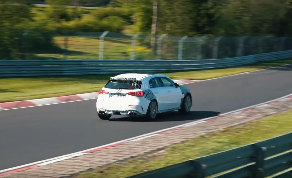 Nuova Mercedes-AMG A 45 Nurburgring
