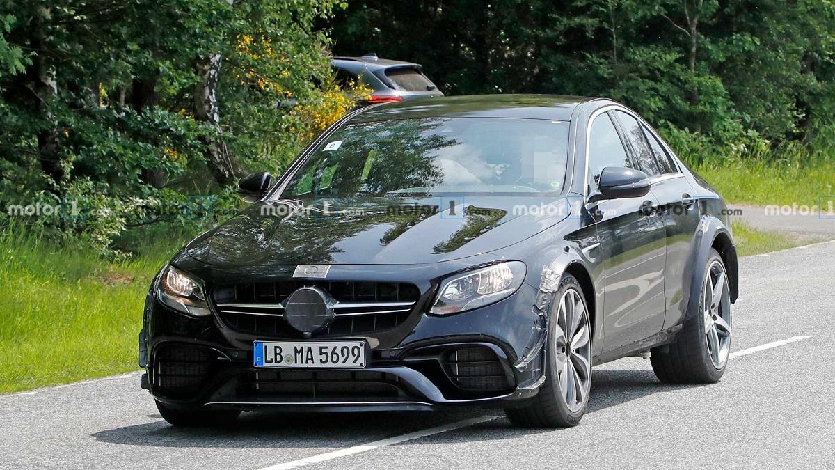 Nuova Mercedes SL secondo prototipo