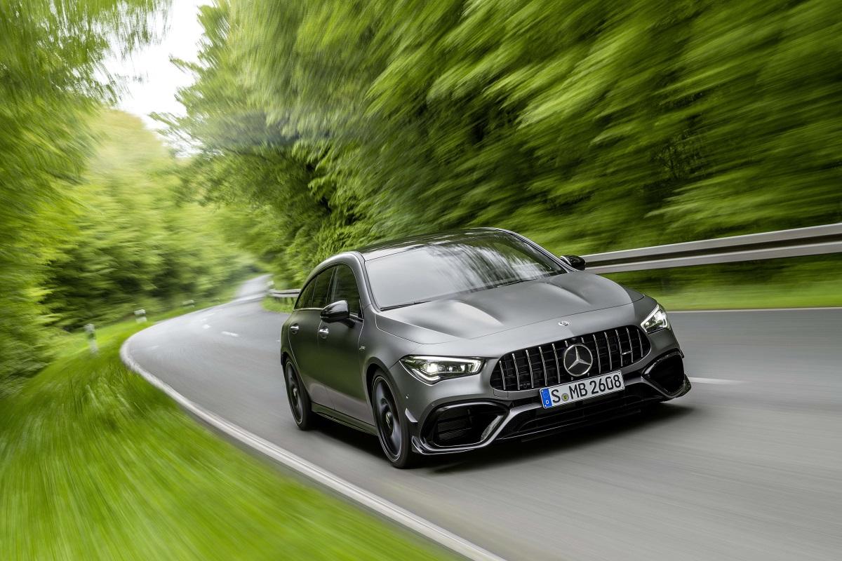 Nuova Mercedes-AMG CLA 45 Shooting Brake