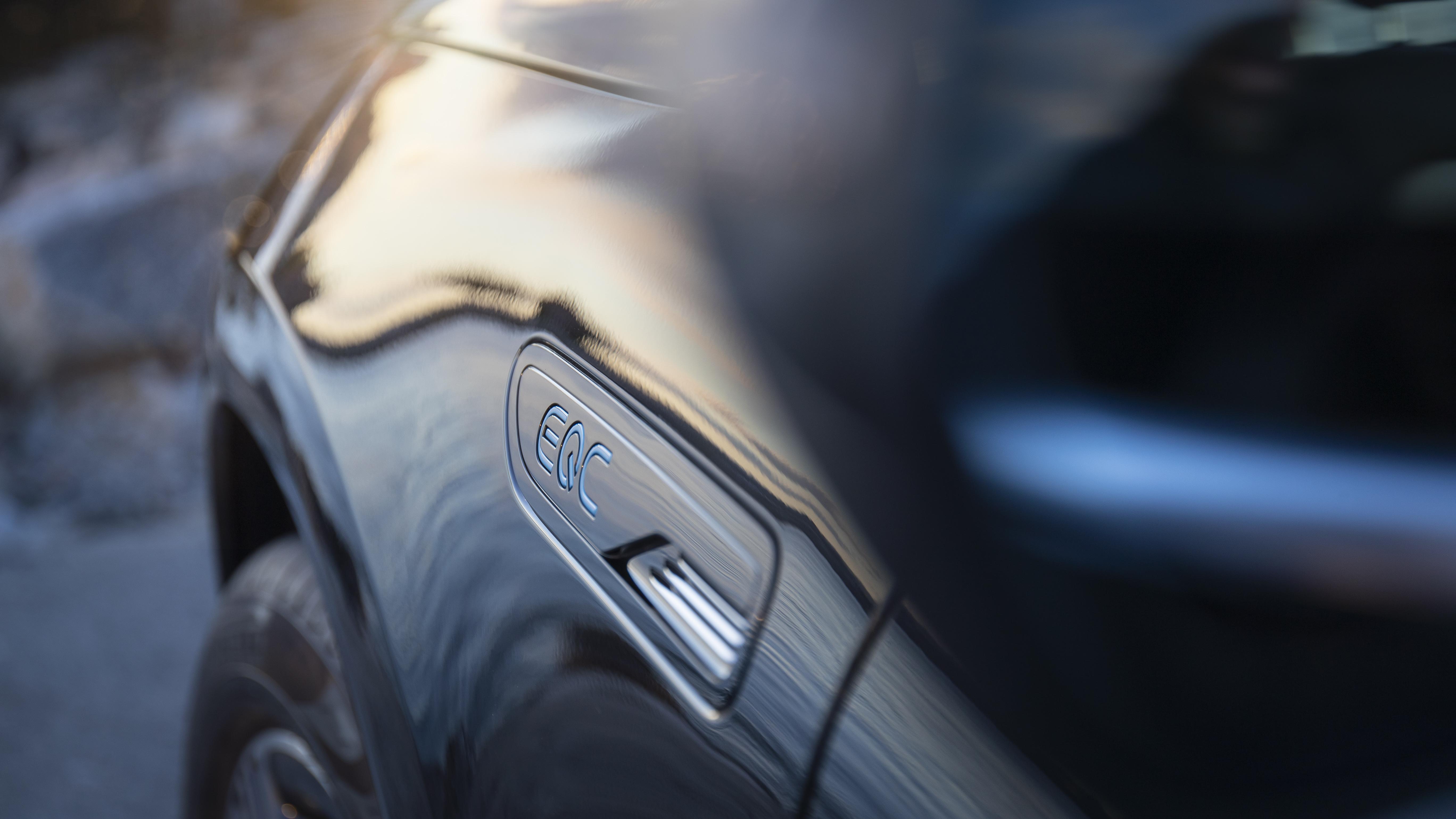 Nuovo Mercedes EQC: si parte da 67.900 dollari per il primo SUV elettrico