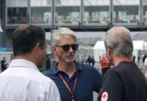 Damon Hill afferma che la Mercedes deve stare attenta a Red Bull e Max Verstappen