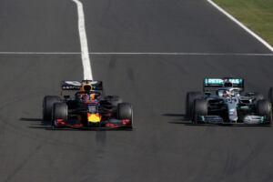 """Marko: Red Bull Racing è """"quasi uguale alla Mercedes"""" in termini di ritmo di gara"""