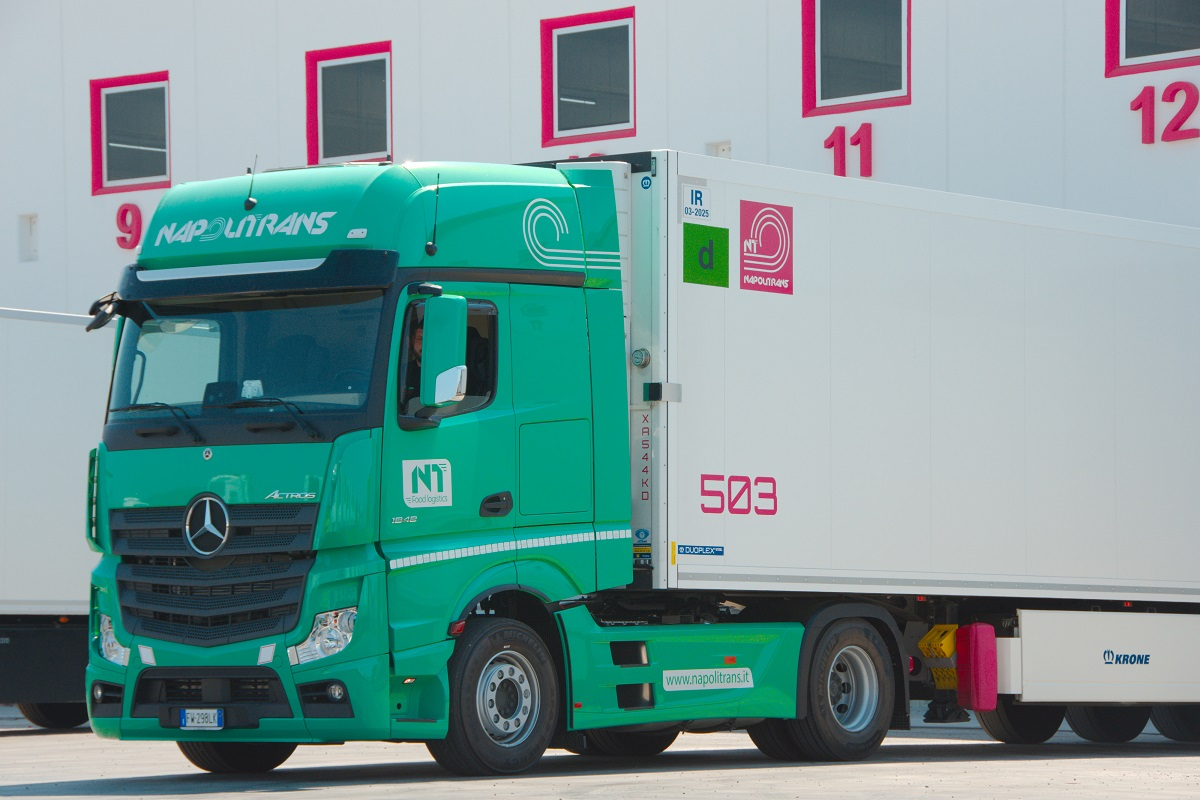 Mercedes Actros NapoliTrans