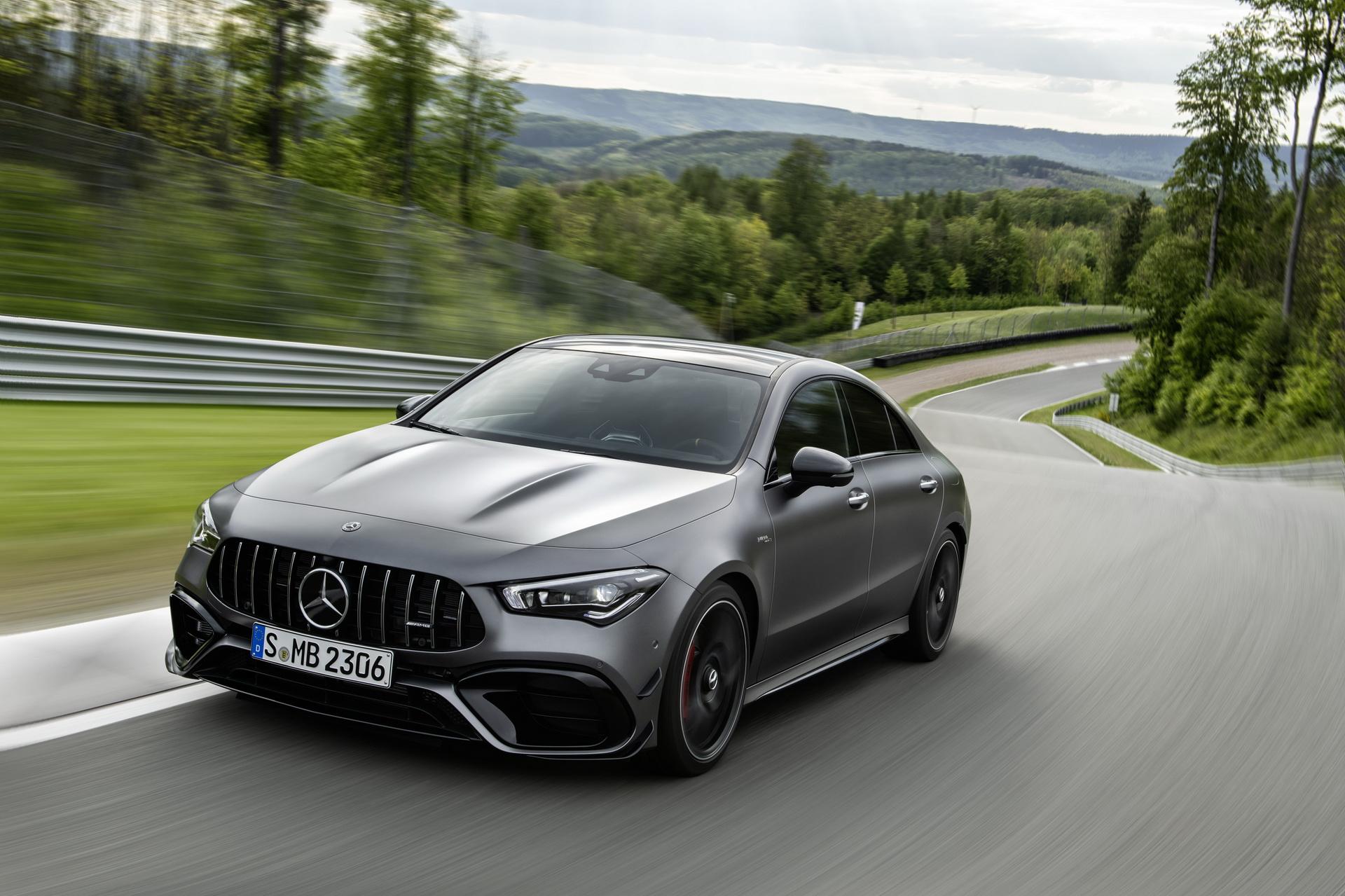 Nuova Mercedes-AMG CLA 45 S
