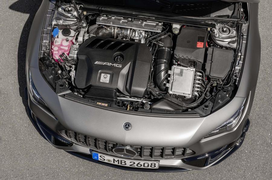 Nuova Mercedes-AMG CLA 45 S Shooting Brake