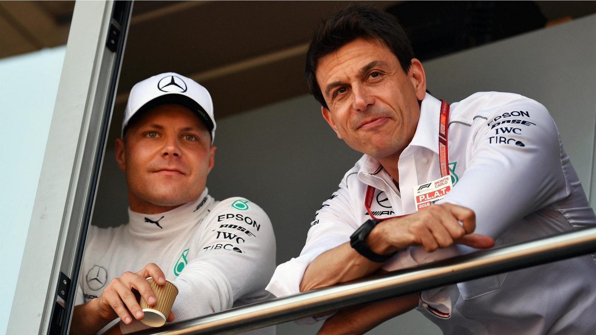 Ferrari e Red Bull agitano Toto Wolff: