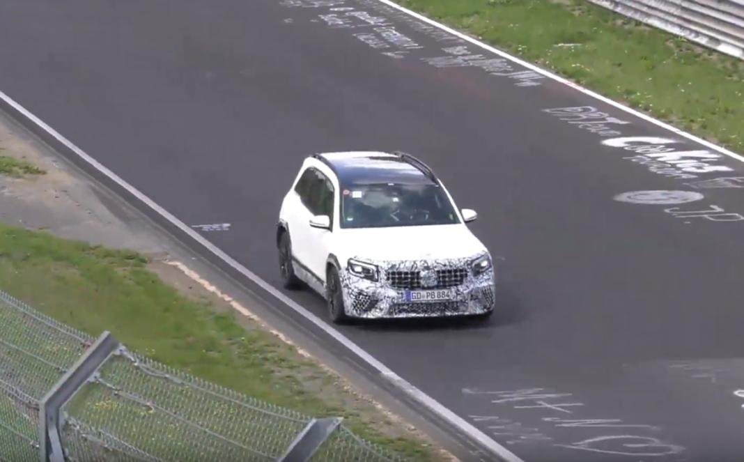 Mercedes AMG-GLB 45 Nurburgring