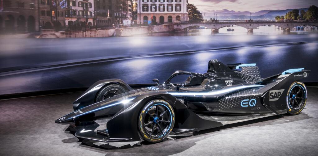 """Mercedes ammette di essere """"principiante"""" in Formula E in vista del debutto di questo fine set ..."""