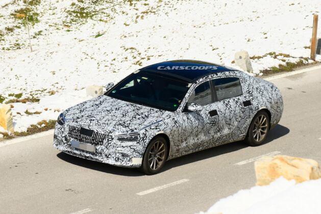 Nuova Mercedes-Maybach Classe S foto spia Alpi