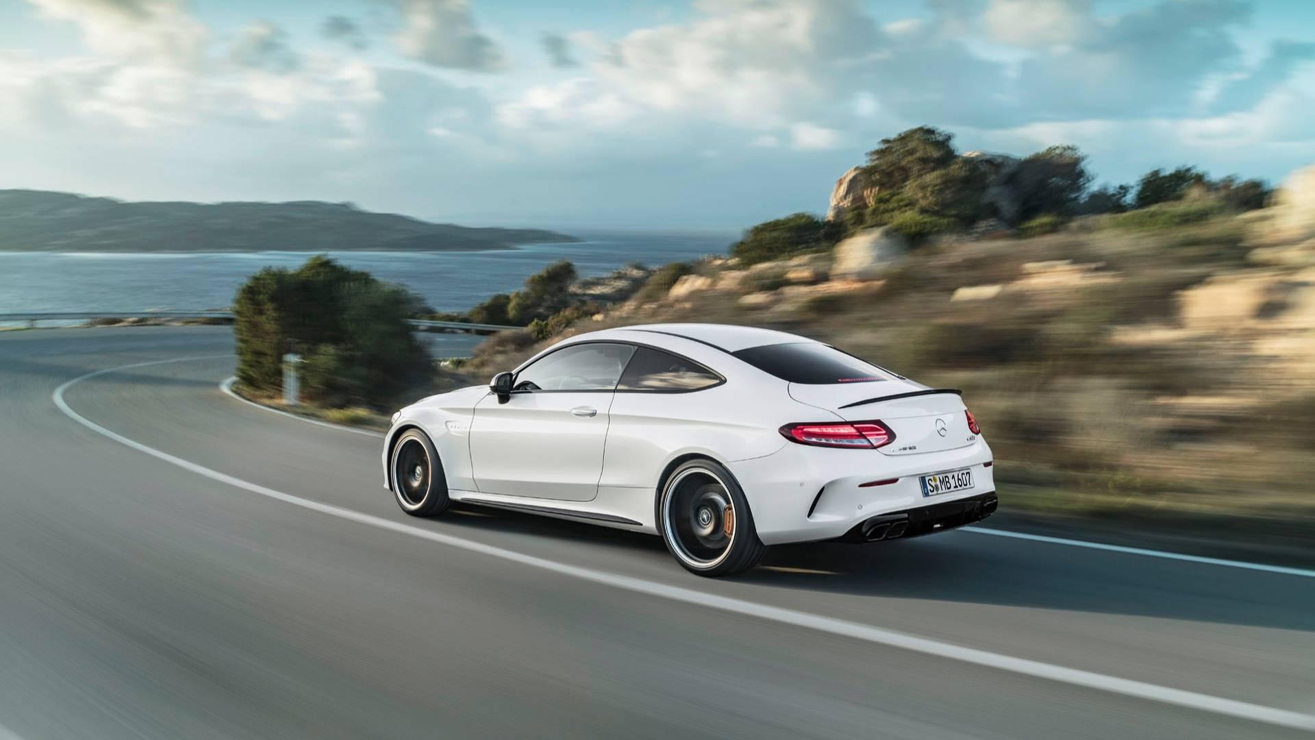 Mercedes-AMG C 63: la prossima generazione potrebbe avere un motore ibrido a 4 cilindri