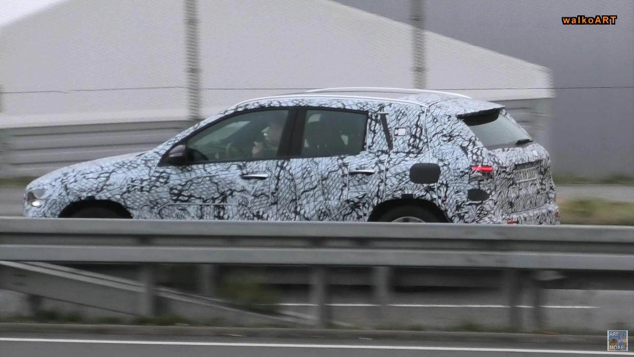 Mercedes GLA 2021 mostra nuove caratteristiche nell'ultimo video spia