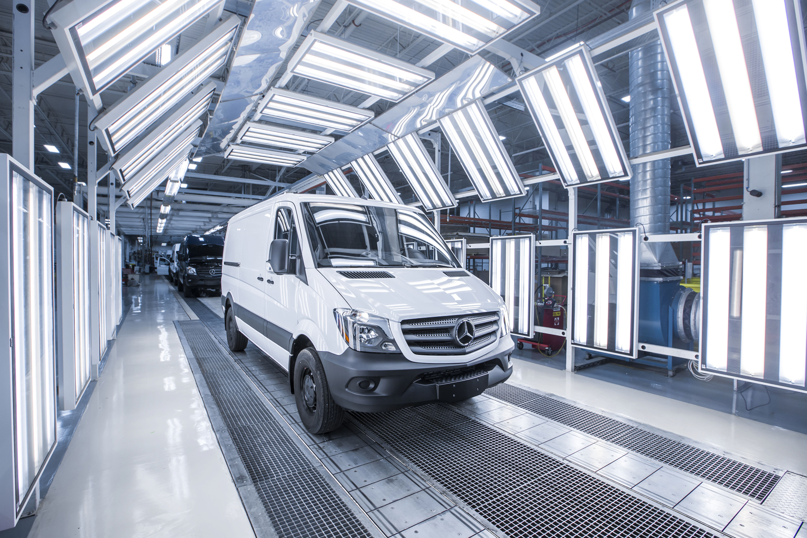 Daimler richiama diversi veicoli diesel per problemi di emissioni