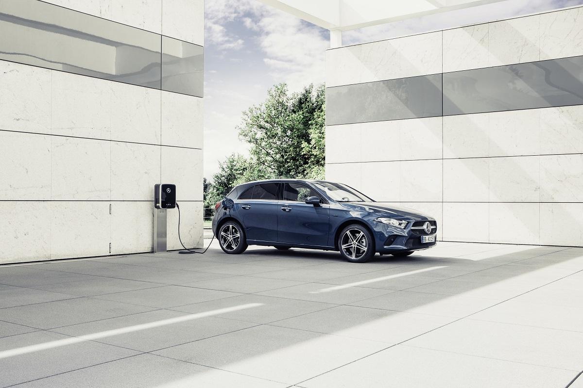 Mercedes A 250 e: annunciati i prezzi per il Regno Unito - MBenz.it