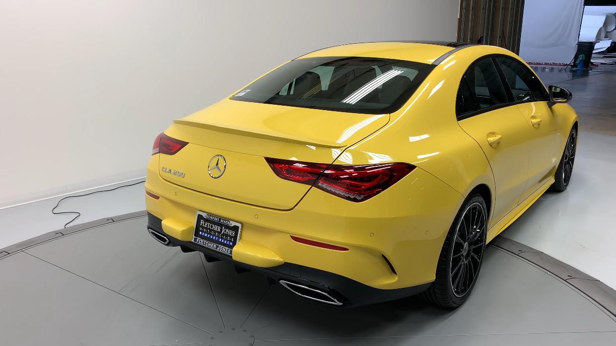 Nuova Mercedes CLA Doug DeMuro