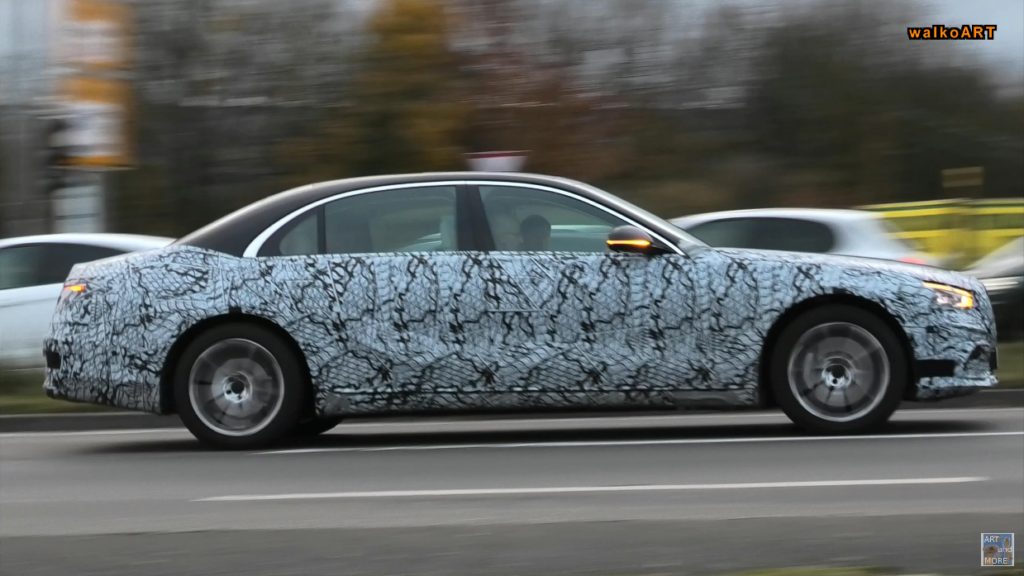 Mercedes Classe S 2021 linee tetto foto spia