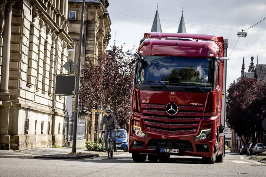 Nuovo Mercedes Actros Sideguard Assist